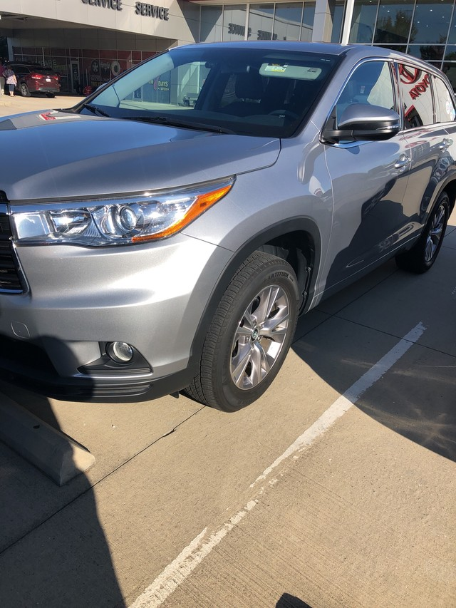 Pre Owned 2016 Toyota Highlander Le Plus Front Wheel Drive Sport Utility